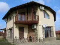 Furnished house 7 km from the beach