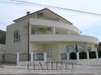 Furnished villa near the Royal Palace front