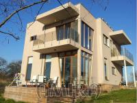 New house with panorama next to Varna