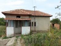 Cheap bulgarian home with big plot