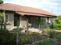 Holiday home with garage near Dobrich