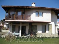 Furnished house 7km from the beach