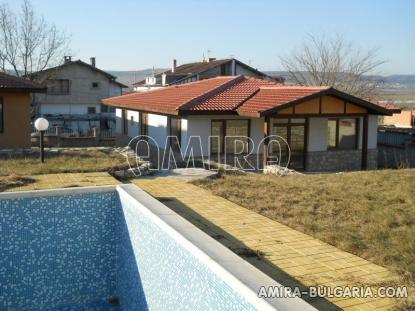 New house in Kranevo swimming pool