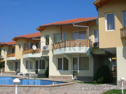 Furnished sea view villa 300 m from the beach front 2