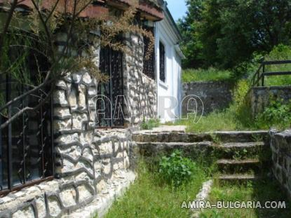 Authentic Bulgarian style house with big plot side