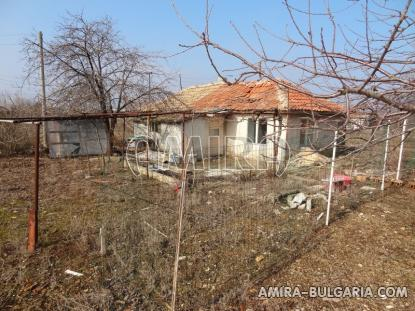 Old house in Bulgaria side 2