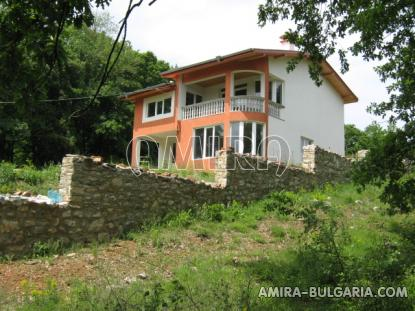 New house in the forest near Albena side