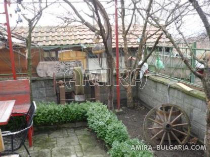 Bulgarian holiday home near a lake garden 2