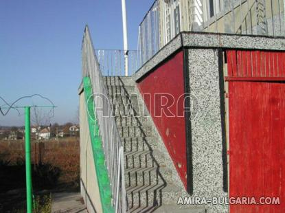 Bulgarian home 39km from the beach stairs