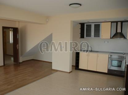 Massive 3 bedroom house 7 km from Balchik kitchen 2
