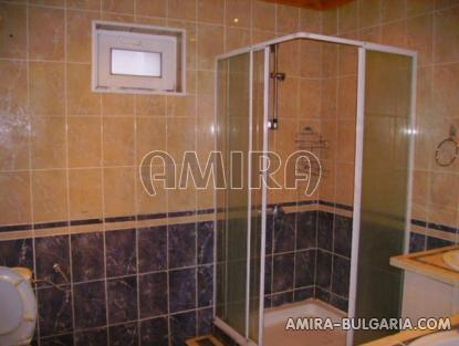 Renovated house 25 km from Varna bathroom