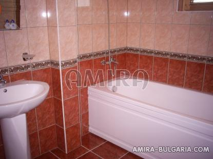 Sea view villa 5 km from Albena beach bathroom 3
