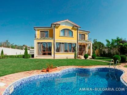 Sea view villa in Varna 3 km from the beach front 2