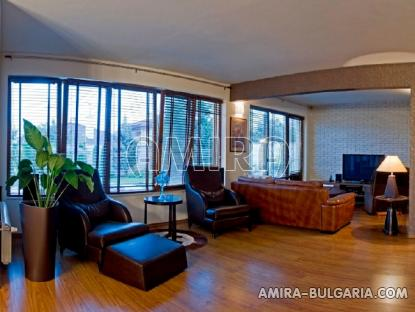 Sea view villa in Varna 3 km from the beach living room