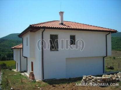 New 3 bedroom house with magnificent panorama side
