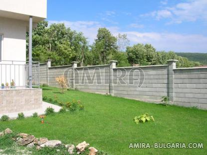 Newly built 3 bedroom house in Bulgaria garden