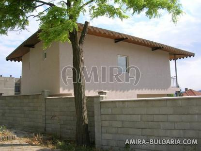 Newly built 3 bedroom house in Bulgaria back