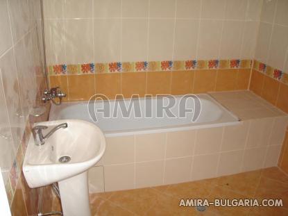 Newly built 3 bedroom house in Bulgaria bath