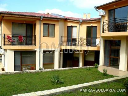 Furnished semi-detached bulgarian house 4 km from the beach front 3