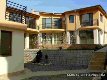 Furnished semi-detached bulgarian house 4 km from the beach front 4
