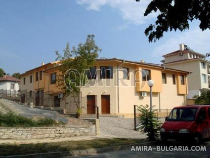 Furnished semi-detached bulgarian house 4 km from the beach front 5
