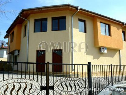 Furnished semi-detached bulgarian house 4 km from the beach side 1