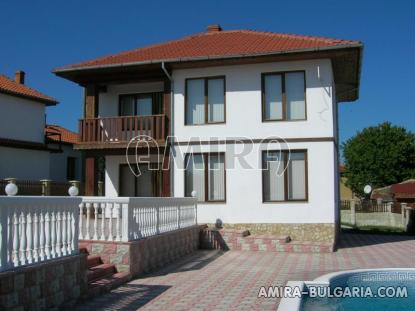Furnished house with pool and sea view Albena, Bulgaria front 3