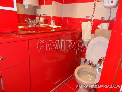 Furnished sea view villa in Balchik bathroom