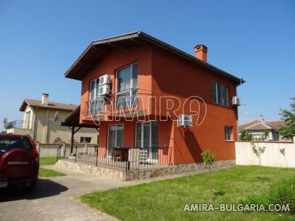 New house in Bulgaria 8 km from the beach 1