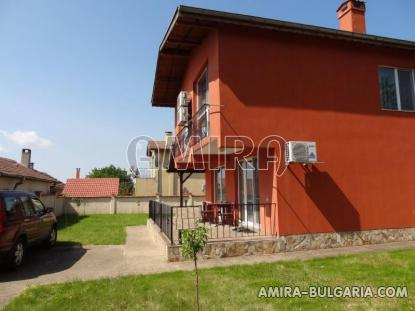 New house in Bulgaria 8 km from the beach 2