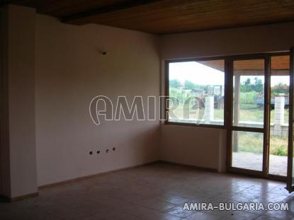 Newly built house 5 km from the beach living room