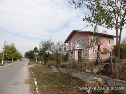 Holiday home near Dobrich road access