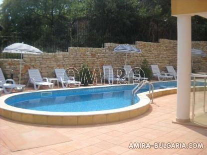 Furnished sea view apartments in Kranevo swimming pool