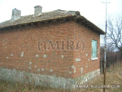 House in Bulgaria 60 km from the beach side
