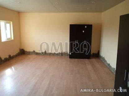 Renovated house 25 km from Varna living room