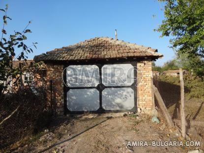 Bulgarian home 28km from the beach 11