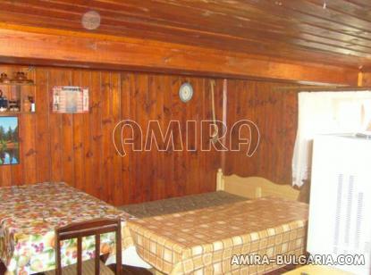 Bulgarian holiday home near a lake room 2