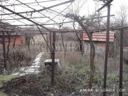 House in Bulgaria 18km from the beach garden 1