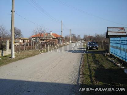 House in Bulgaria 9km from Balchik road access