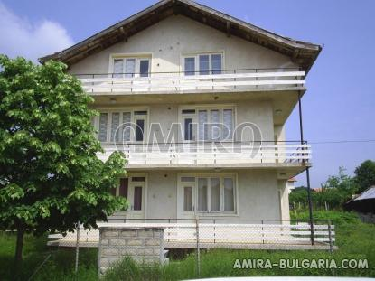 Bulgarian house near the beach front 5
