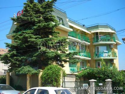 Family hotel in Kranevo