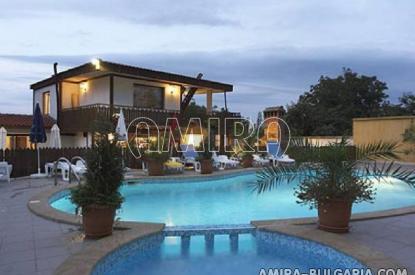 Family hotel in Kranevo swimming pool
