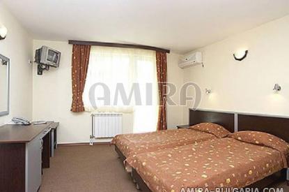 Family hotel in Kranevo bedroom