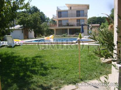Family hotel in Varna Bulgaria garden