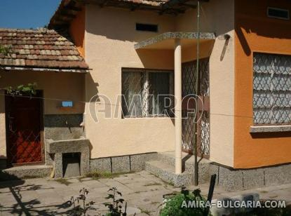 House in Bulgaria 23km from the beach side