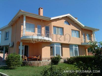 New semi-detached house near Kamchia
