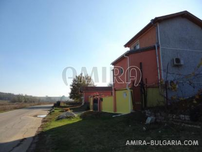 Furnished house with pool in Bulgaria 3