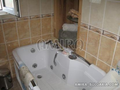 Furnished house with pool in Bulgaria bathroom