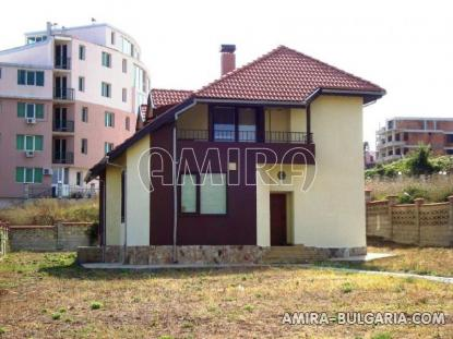 Furnished house in Varna front 1
