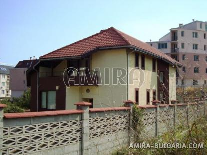 Furnished house in Varna fence